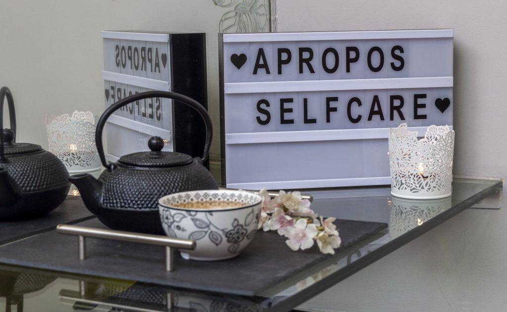 Apropos MakeUp & SelfCare